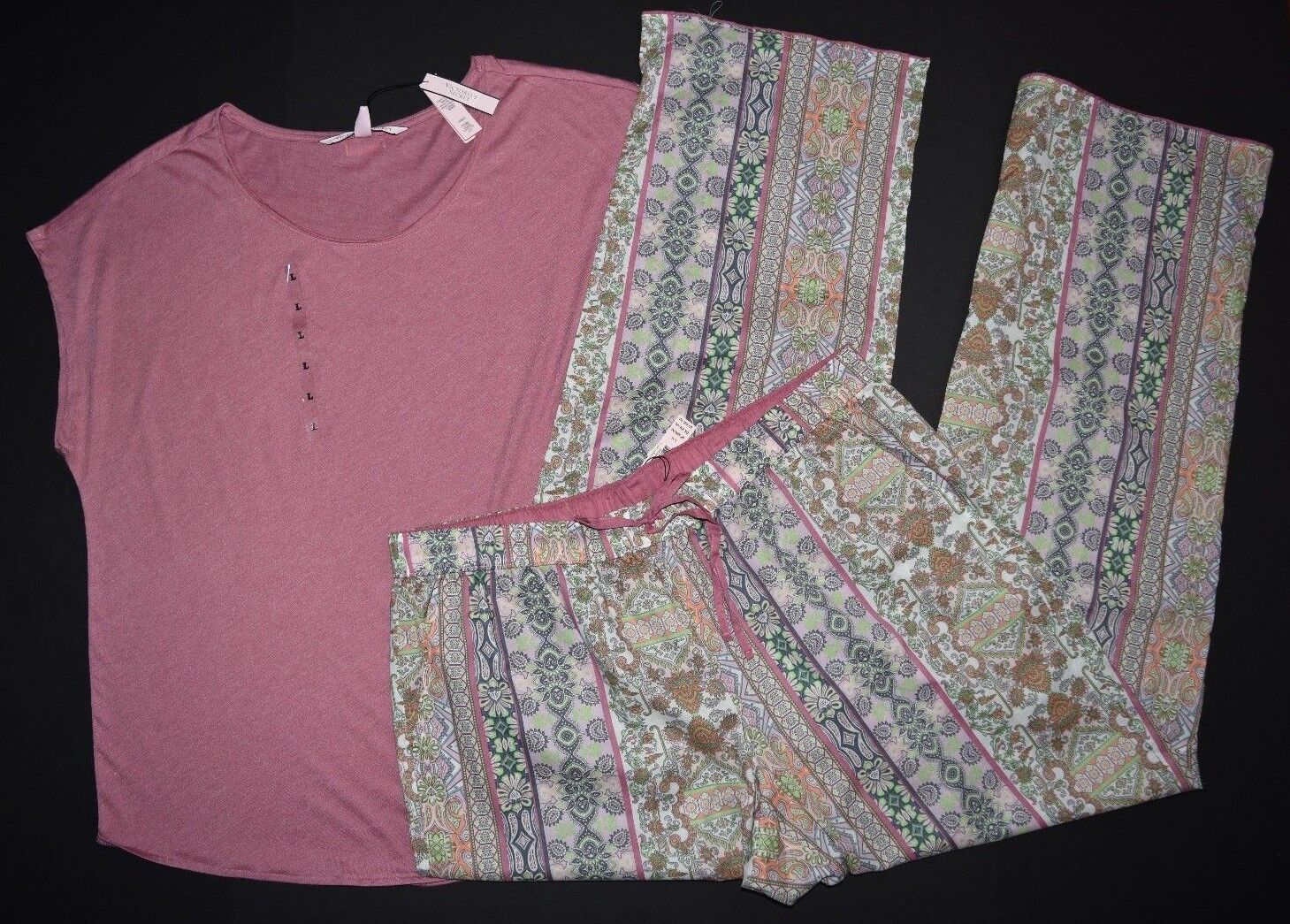 VICTORIA'S SECRET SLEEVELESS TOP   MULTI PRINTED MAYFAIR PANTS PAJAMA SET LARGE
