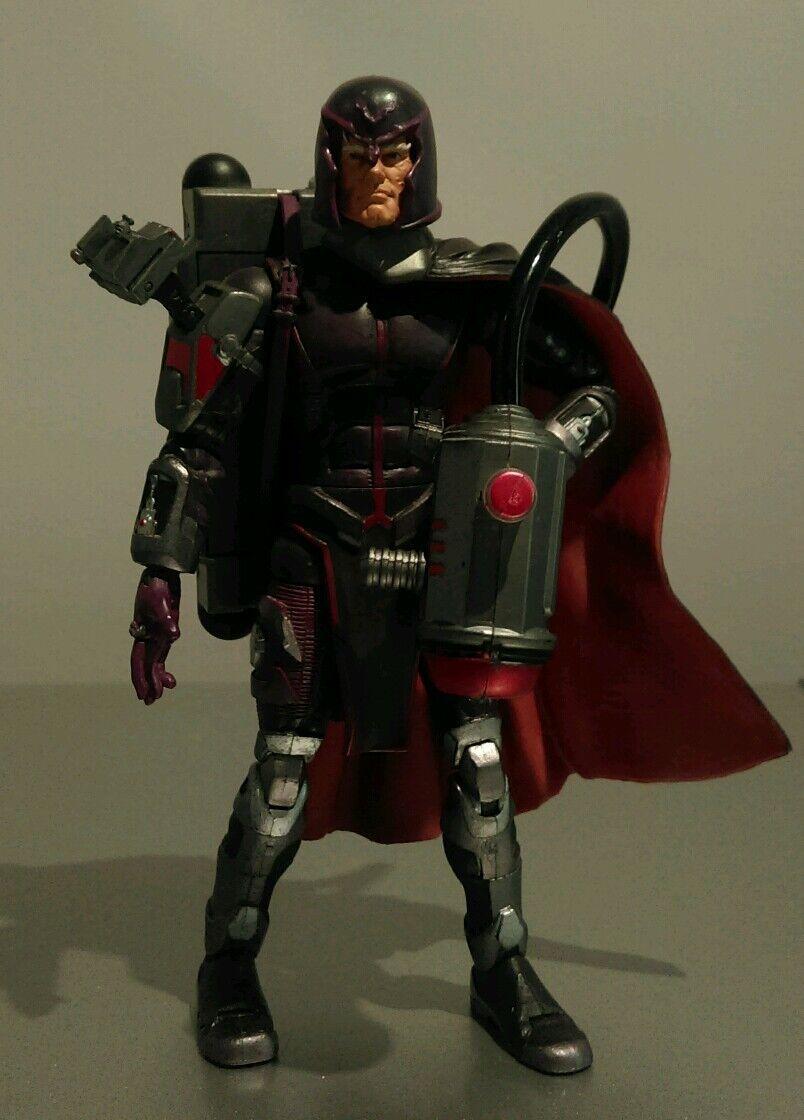 Very Rare Marvel Action Figure X-Men Magneto 2005 Electro Magnetic Light Up Gun