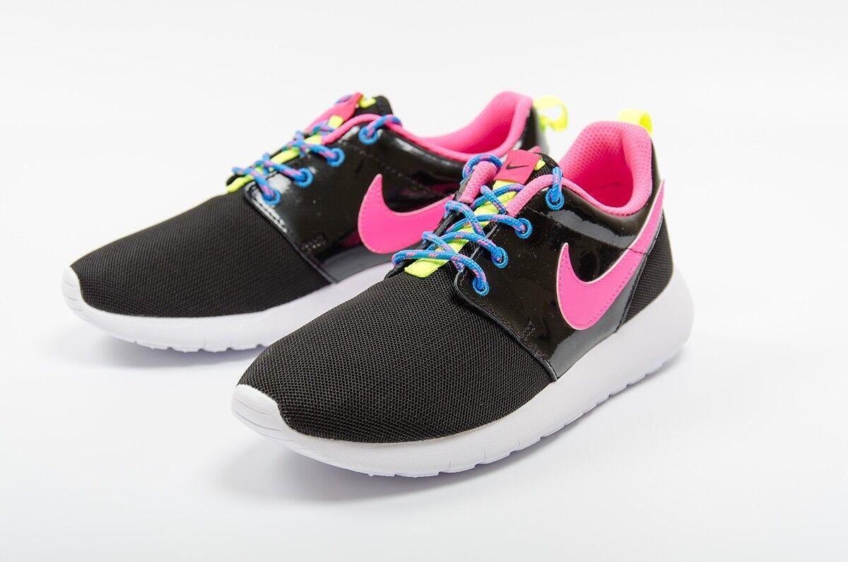 Nike roshe one gs filles femmes baskets 599729-011 noir rose chaud taille 5