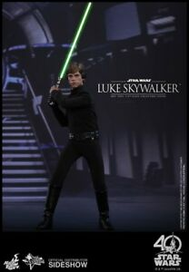 Figure de collection de Luke Skywalker, chef-d'œuvre du film Star Wars version de luxe