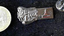 Deutz  Motor Landmaschinen Traktor Pin Badge 2D Relief edel