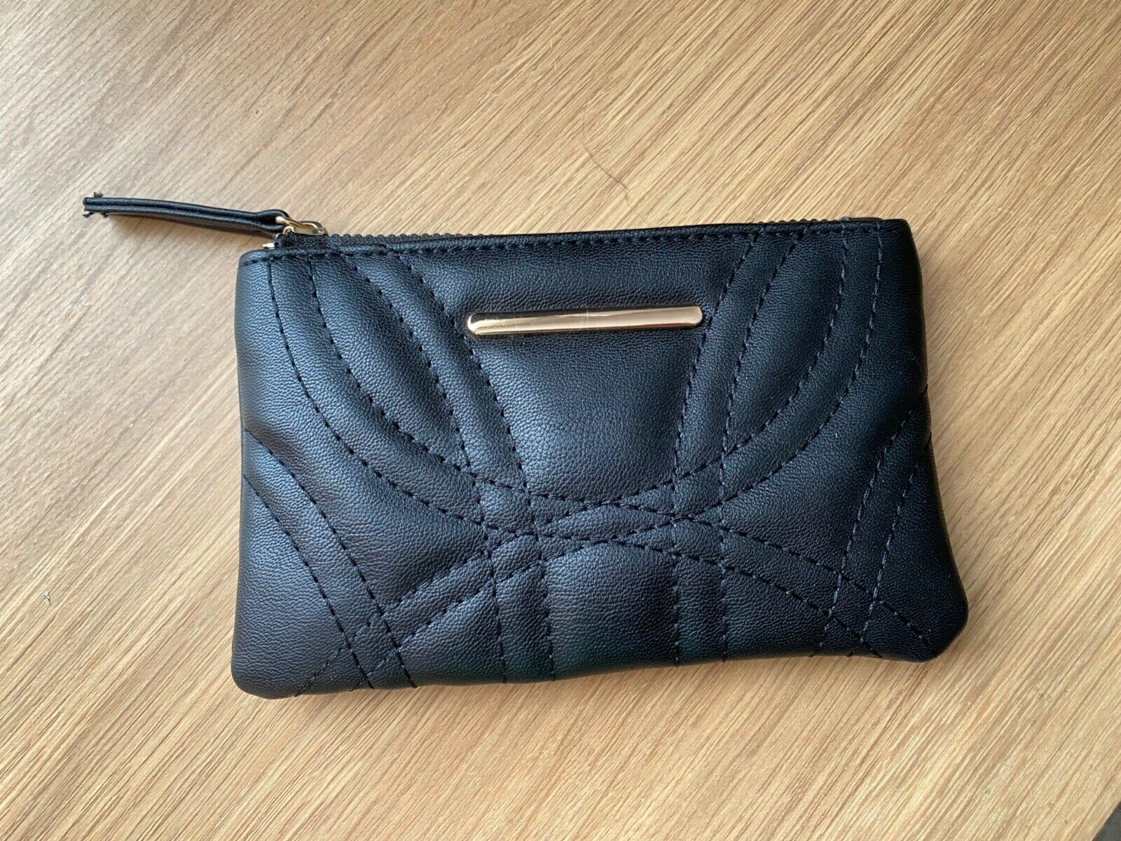 Peacocks Ladies Black Faux Leather Coin Purse Wallet Zip Gold Detail Used 15x9cm