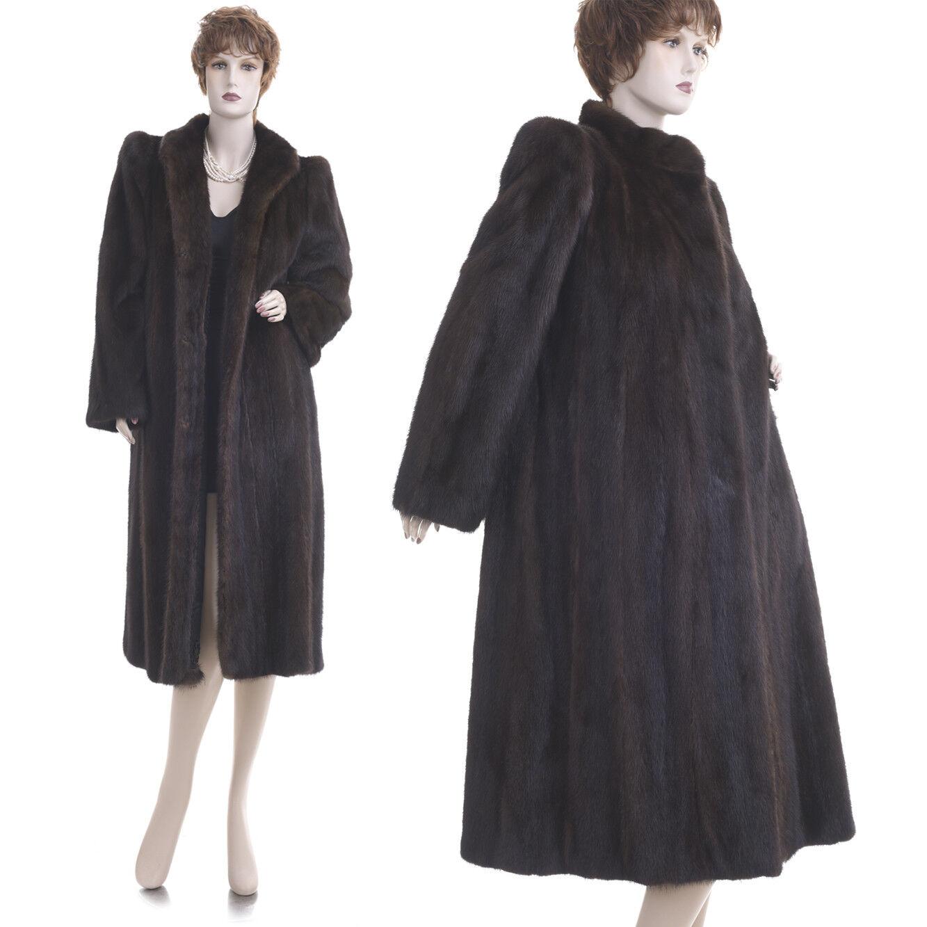 On Sale  Mint  Forever Fashionable Female SAGA Mink Fur Coat