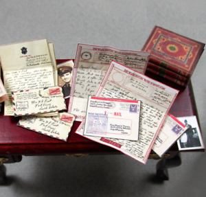 VINTAGE-WWII-LOVE-LETTERS-Dollhouse-1-12-Scale-Vintage-Envelope-Post-Mail-World