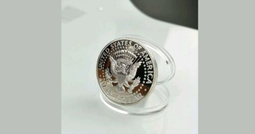 /<MELANIA TRUMP POSE/>U.S President First Lady 1 Oz Coin+HOLDER~U.S SELLER~