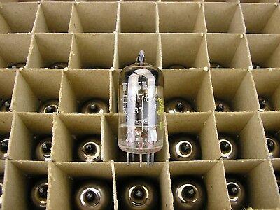 4 x ECF82 TESLA Röhre NOS Röhrenverstärker /> tube amp