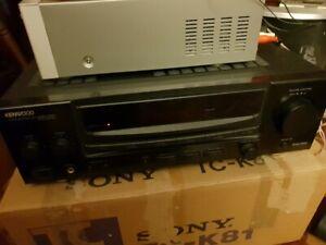 KENWOOD-KA-V3700-amplificatore-stereo-suono-eccellente-in-buonissima-condizione-amp-CORNICE-USATO