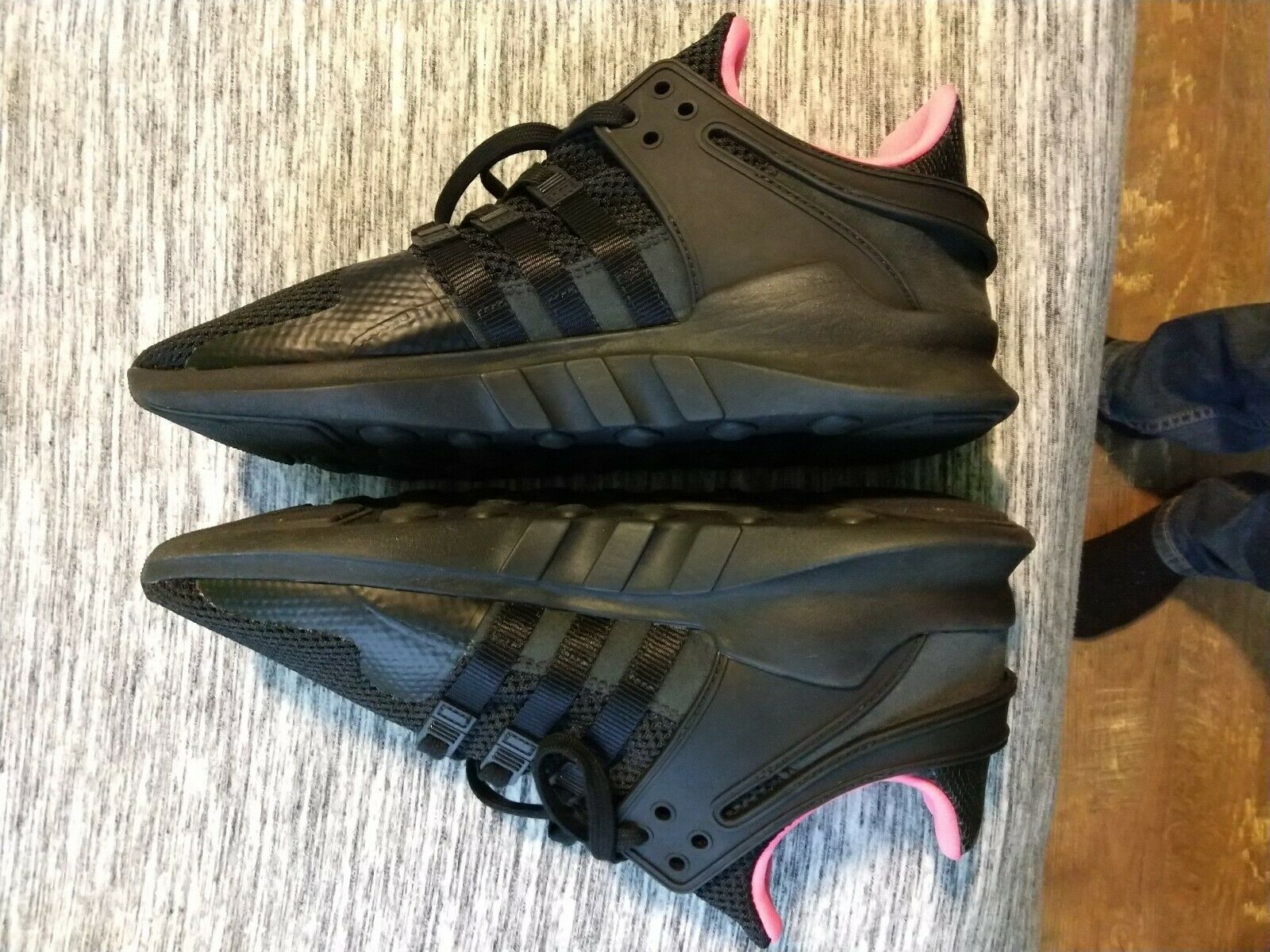 Adidas EQT Support ADV Running shoes Men's Size 10 Black Pink bb1300