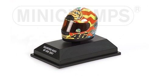 MINICHAMPS VALENTINO ROSSI HELMET 1/8 2001 WORLD CHAMPION HONDA CASCO 397010046