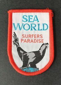 SEA-WORLD-SURFERS-PARADISE-AUSTRALIA-Vintage-Sew-On-Patch-Badge-NEW