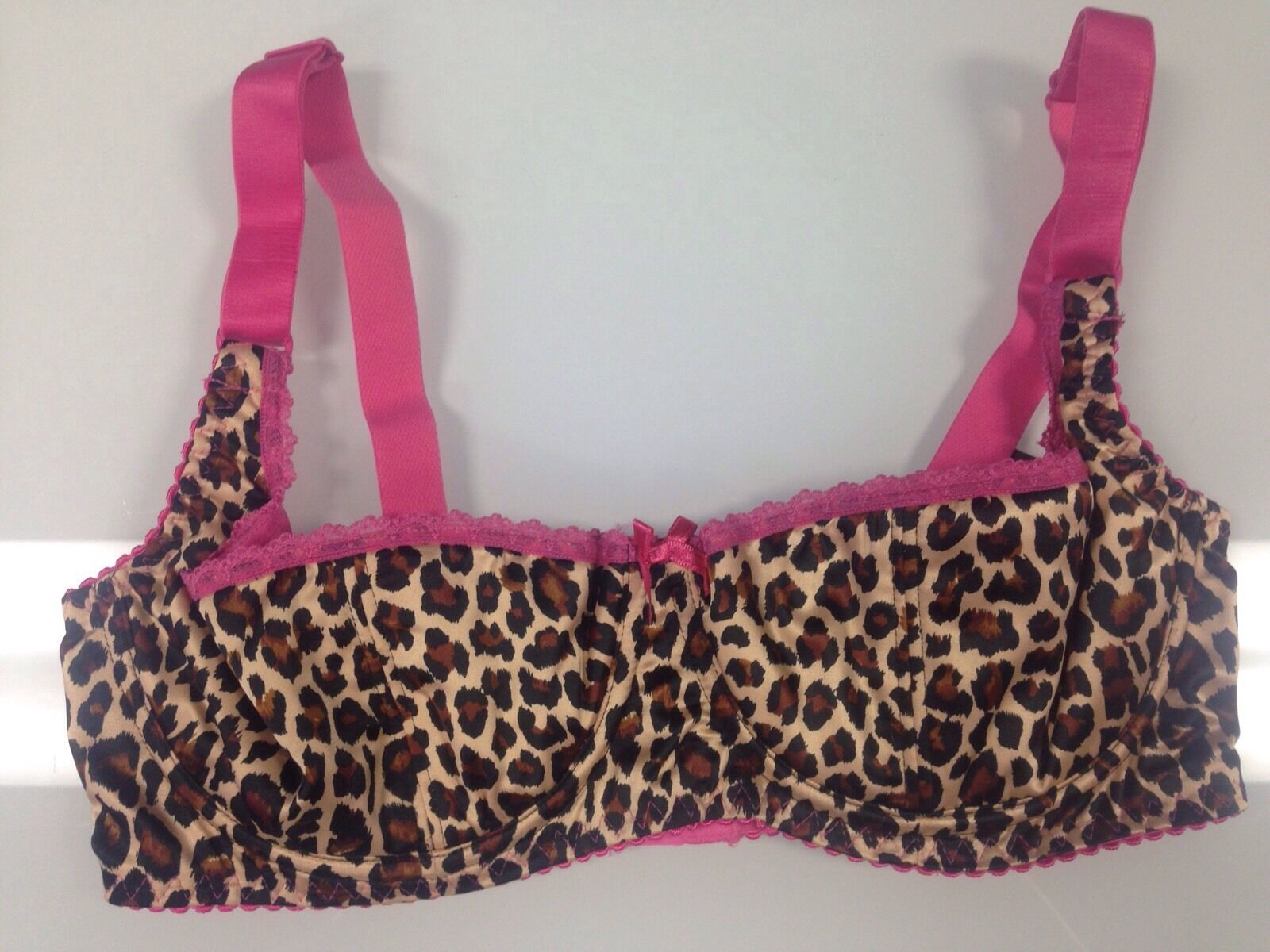 Bettie Page Inspired Secrets in Lace Leopard and Pink Plunge Bra Size 32C-New