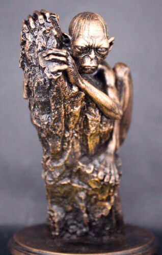 """The Lord Of The Rings Gollum 6/"""" Pre-painted Figure Statue Toy Hobbit Collectible"""