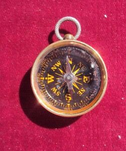 COMPASS-WITH-QUEEN-VICTORIA-PENNY-TO-THE-REVERSE-WW1-TRENCH-ART-STYLE