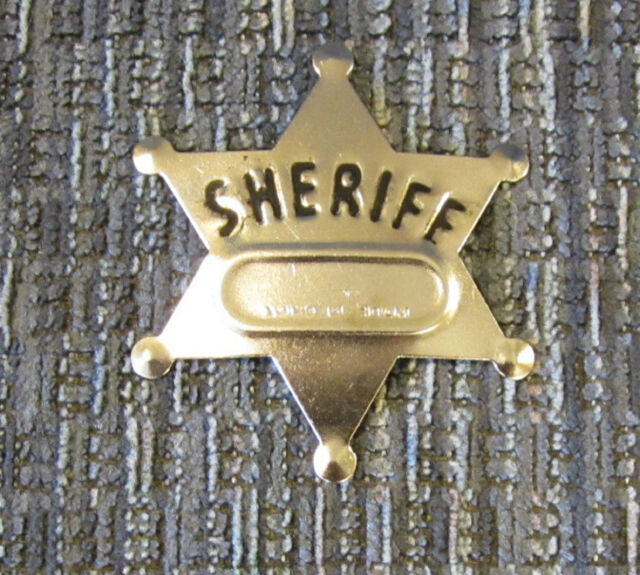 8 NEW METAL TOY SHERIFF BADGES  WEST COWBOY SILVER SHERIFF'S BADGE PARTY FAVORS