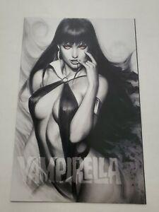 Vampirella 1 Artgerm Charcoal Glowing Eyes Variant