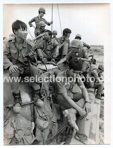 5-photos-Guerre-du-VIET-NAM-Soldats-de-l-039-armee-Populaire-Vietnamienne-vers-1970