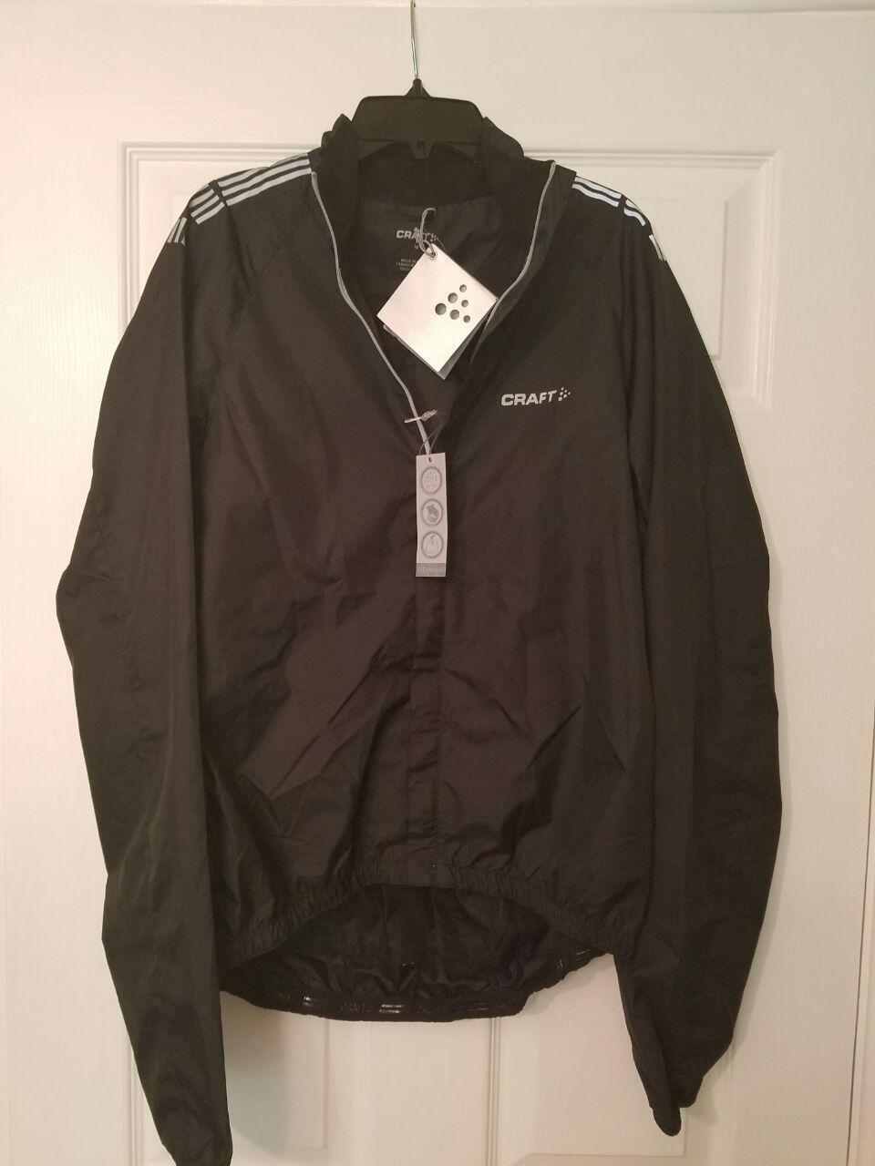 Nuevo Con Etiquetas artesanías  una chaqueta de viento para hombre B estilo 1902014 Color Negro Talla M  precio al por mayor