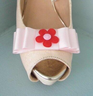 2 Clips Para Zapatos Arco Rosa Bebé Con Centro De Flores De Fieltro Rojo