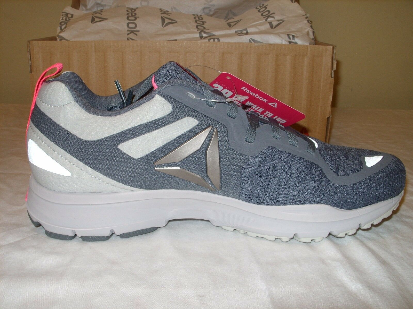 REEBOK One AVON Distance 2.0 Womens Athletic Running Shoes - AVON One Breast Cancer *NEW* 75b3c3