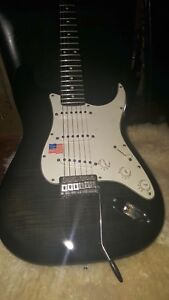 Fender-licensed-stratocaster-Flame-top-awesome-guitar