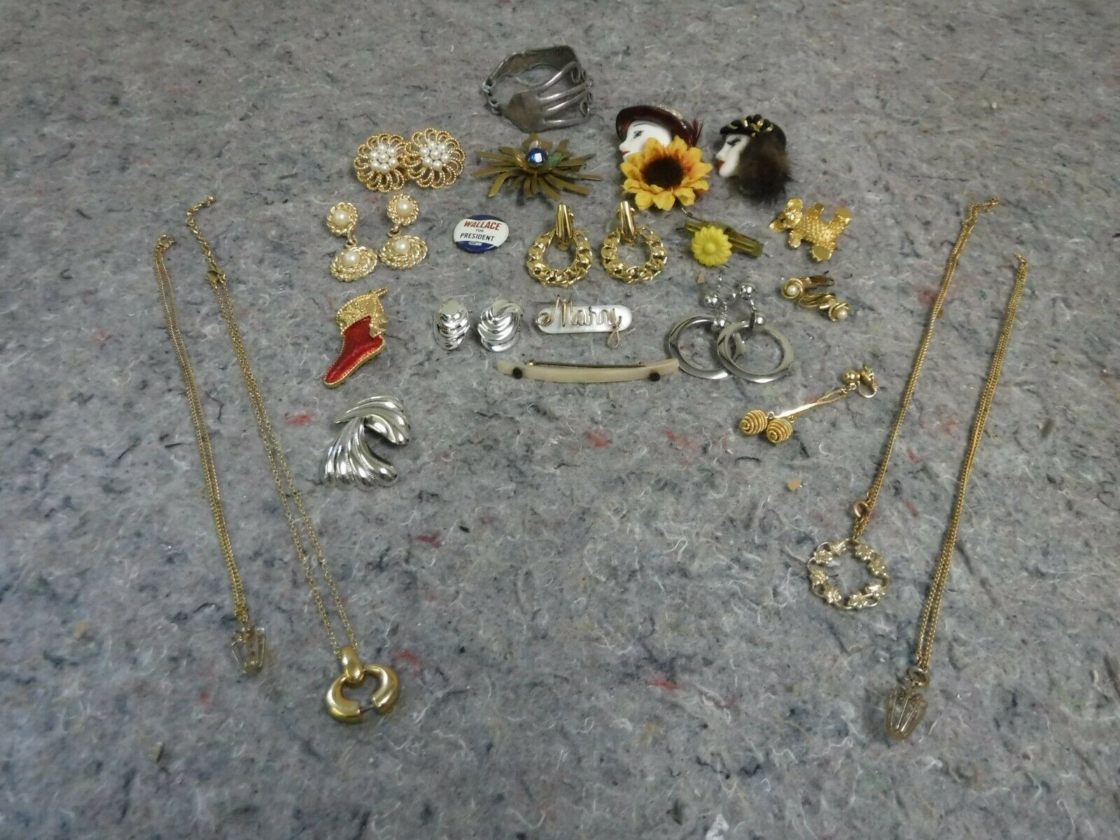 Lot of Mixed Costume Jewelry-Bracelet, Necklace, … - image 1