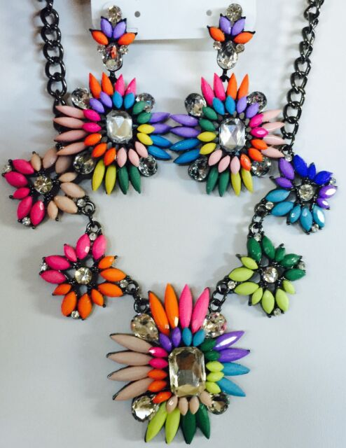 Charming Charlie Bold Multicolor Crazy Daisies Drop Earrings Statement Necklace