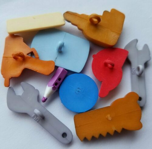 HANDYMAN Decorator Paint Cap Spanner Saw Tools Drill DIY Craft Buttons Galore