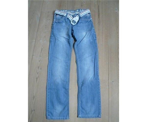 Bukser, forskellige, mærker
