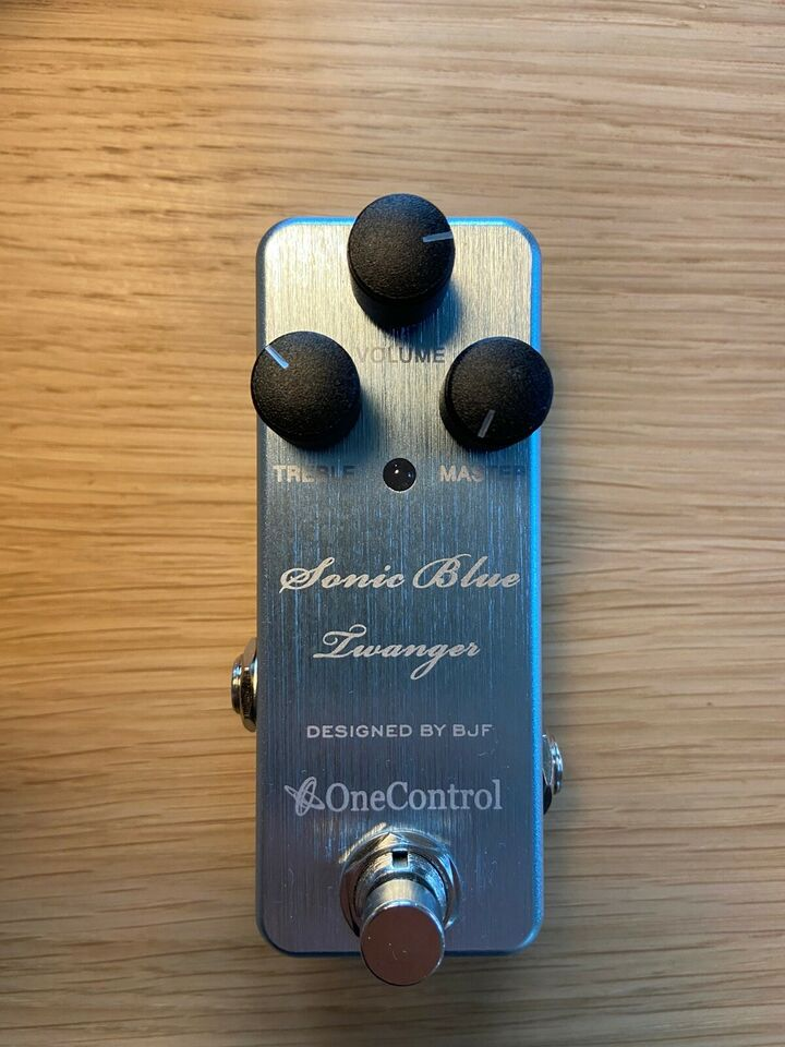 Overdrive / Amp in a box, Andet mærke OneControl Sonic Blue