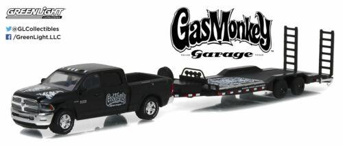 1:64 GreenLight *HITCH /& TOW 8* GAS MONKEY GARAGE Ram w//HEAVY  DUTY CAR TRAILER