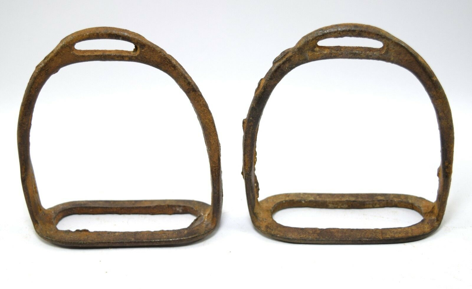 Vintage Indian Craft Horse Pedal Feet Stirrup Pair Equestrian Decor. G42-161 US