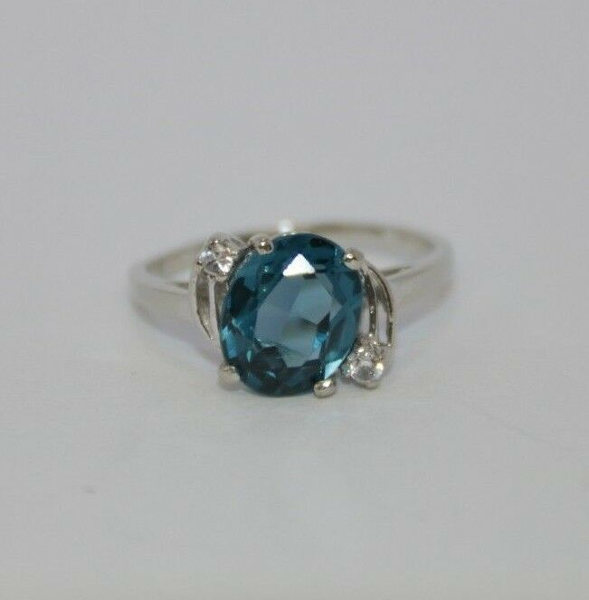 bluee Topaz Stone & Clear Stoneson 10K White gold, Ring Size 7.25