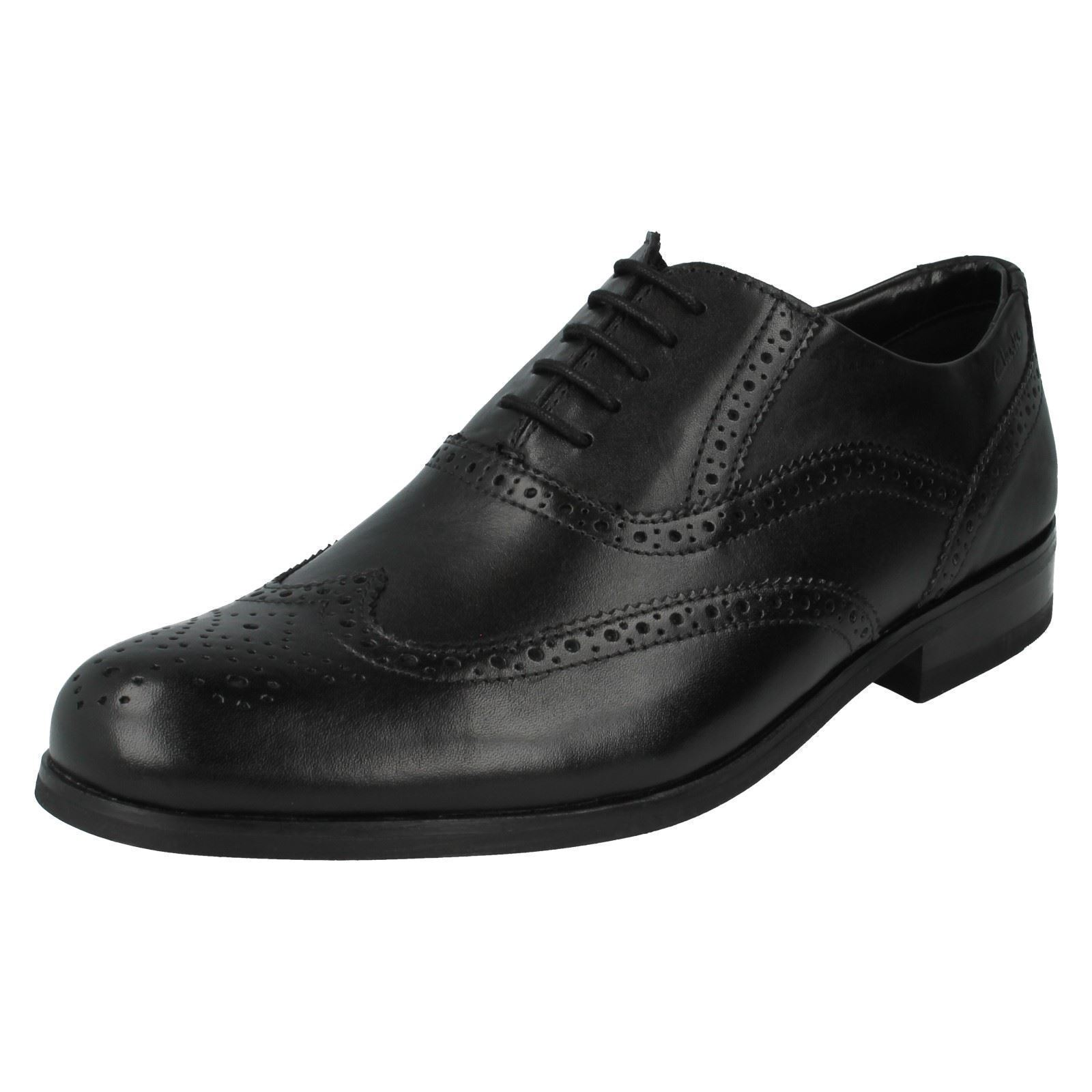 MENS BLACK LEATHER LACE UP BROGUE SHOES BY CLARKS BRINT BROGUE G FIT