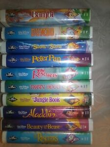 10-DISNEY-BLACK-DIAMOND-VHS-COLLECTION-DUMBO-BAMBI-ALADDIN-HOOD-PAN-J-BOOK-BEAST