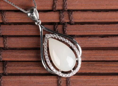 B10 Anhänger weiße Jade Tropfen umrahmt von Zirkonia Sterling Silber 925