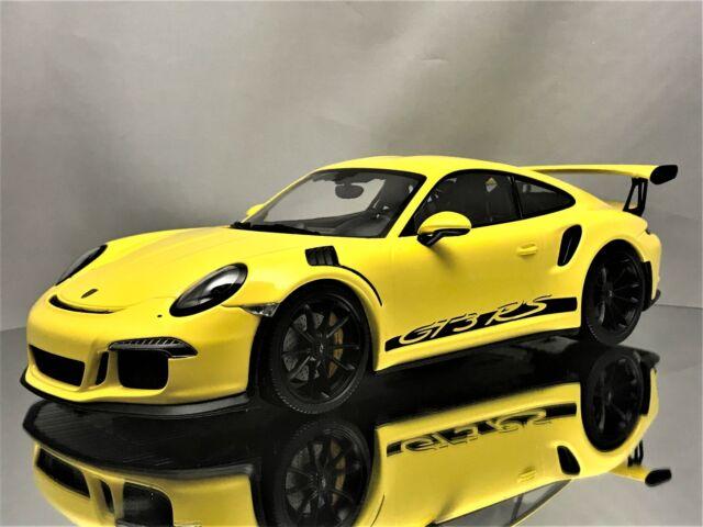 Minichamps Porsche 911 (991) GT3 RS 2015 Yellow with Black Rims L.E. of 222  118