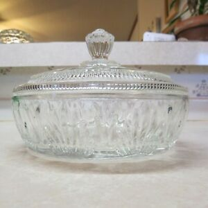 Vintage-Avon-Clear-Pressed-Glass-Bowl-with-Lid-Candy-Powder-Vanity-Dish