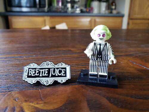 2 Piece Beetlejuice Building Block Figurine And Brooch Pin