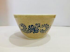 Pyrex Homestead #404 Blue Floral Glass Nesting Mixing Bowl .75 Qt. Vintage