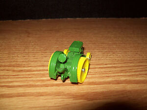 1923 Model D 1//64 Toy John Deere Tractor /& Engine Museum Edition NIP Ertl