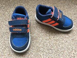 basket adidas bleu et orange