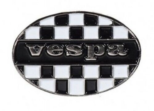 VESPA OVAL SCOOTER SCOOTERIST BIKER PIN BADGE NB-57