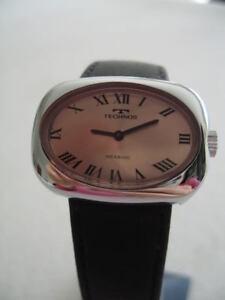 NOS-NEW-VINTAGE-STEEL-TECHNOS-SWISS-MADE-WATCH-1960-039-S