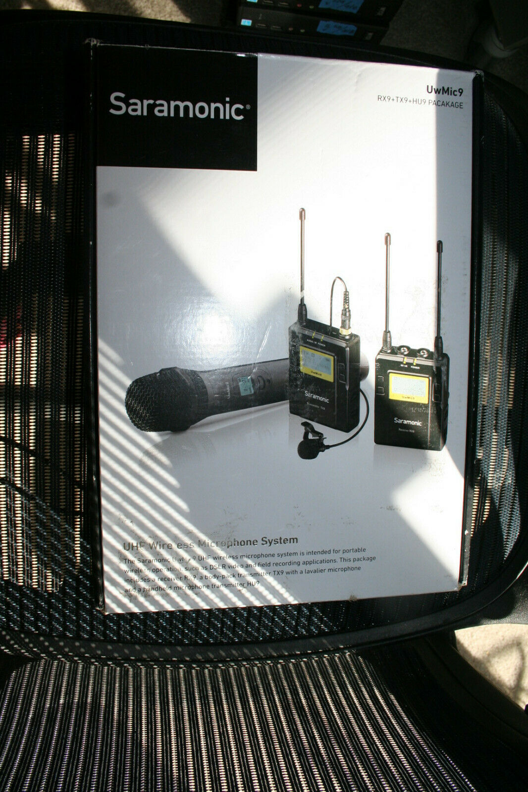 Saramonic UwMic9 UHF Wireless Microphone System