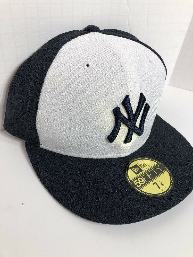 New York Yankees New Era Diamond Cut 59FIFTY Fitted Fitted Fitted Hat ON-FIELD CAP Size 7 1/4 d09ebf