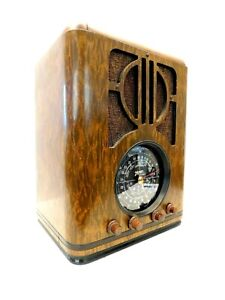 VINTAGE OLD RESTORED CLASSIC MULTI WOOD PATTERNS ZENITH ANTIQUE ART DECO RADIO
