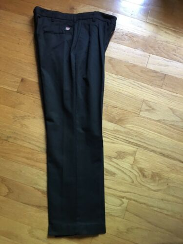 RED KAP MENS BLACK PANTS SIZE 34W x 30L WORK DRESS CASUAL PREOWNED FREE SHIPPING