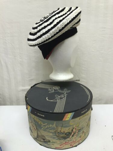 +++ Superb Elegant Antique FRENCH HATBOX Navy Beige Detailing with Lady/'s Vintage STRAWHAT Faded Velvet Ribbon Early 1900/'s Interior Design