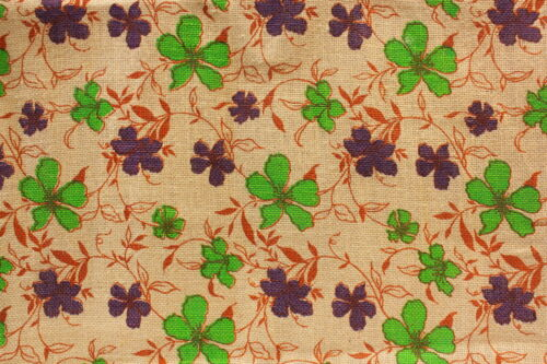 "Sold by the yard Burlap Printed GREEN FLOWER Fabric 40/"" Wide"
