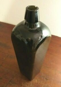 Collectable-Vintage-Green-Glass-75cl-Bottle-Fantastic-Taper-Shape